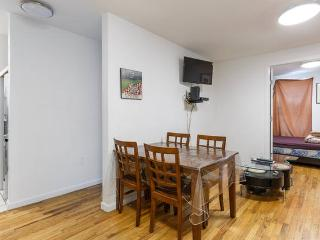 Fancy 2 Bedroom Apartment in Times Square!, New York City