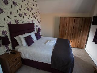Grade 2 newly refurbished 2 bedroom dwelling, Knutsford