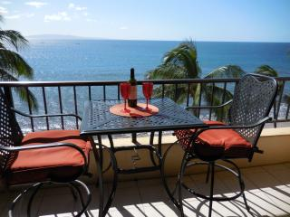 Sugar Beach Resort Ocean Front Penthouse 24, Kihei