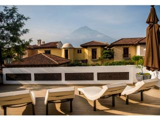 One bedroom with private terrace and volcano view, Antigua
