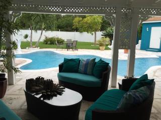 Eastern Estate - Nassau, Bahamas