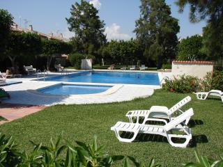 Bungalow (1er étage) avec piscine - tout confort, Guardamar del Segura