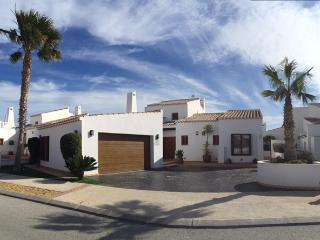 Stunning Villa, Banos y Mendigo