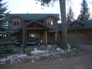 Mountain Ridge Log Home