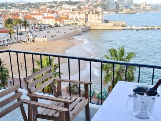 Seaview Balcony at Cascais' Bahia
