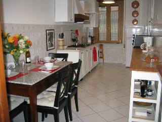 Spacious eat-in kitchen has all you need & antique granite topped kitchen table