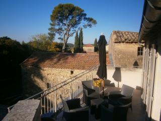 Magifique maison de village proche Uzes Gard (30), Vallabrix
