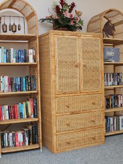 150+ Books & 30+ Movies.  Many on Hawaiian History or Themes. TV in Cabinet