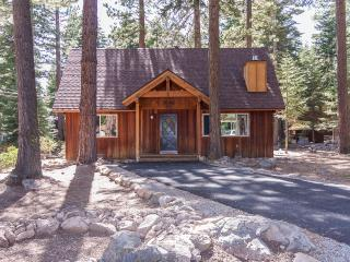 Coleman Dog Friendly Rental Cabin, Lake Tahoe (California)