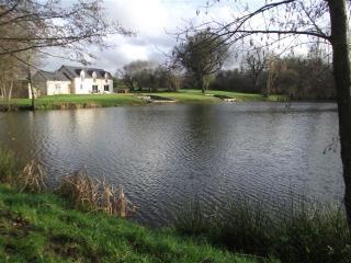 Lakeside Barn/Farmhouse Conversion, Hambers