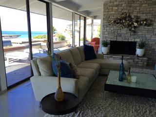 Modern Beach House - Private Beach Access., San Clemente