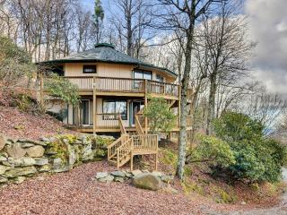 Spacious & Unique 4BR Beech Mountain House w/Indoor Hot Tub, Expansive Decks & Sweeping 100-Mile Views - Enjoy Access to Beech Mountain Club! Just 1 Mile from the Ski Slopes