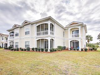 Low Fall Rates!! Inviting 4BR Pawleys Island Condo w/Wifi, Private Patio & Wonderful Community Amenities - With Access to a Private Beach, Golf Courses & Parks!