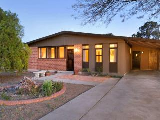 Prime Rates! Charming 3BR Tucson House w/Wifi, Designer Finishes & Cozy Covered