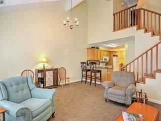 Augusta 'River Townhouse' -Walk to Downtown Marina