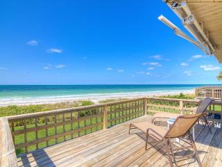 Gorgeous 2BR Belleair Beach Oceanfront Condo w/Wifi, Expansive Deck, Heated Pool Access & Gulf Views! Terrific Location, 39 Steps from the Beach - Close to John's Pass, Golf & More!