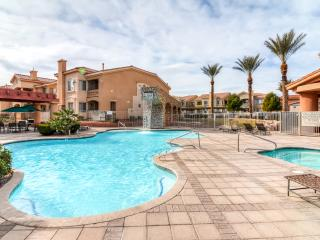 Incredible 2BR Las Vegas Apartment Home w/Wifi, Private Balcony & Spectacular