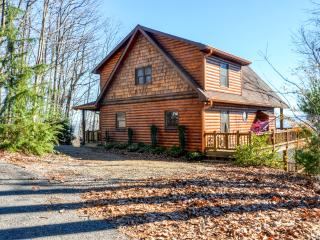 New Listing! Sensational 3BR Morganton Cabin w/Wifi, Outdoor Fireplace & Magnificent Mountain Views! Terrific Location - Close to Astounding Recreation, Shopping, Relaxation & More!