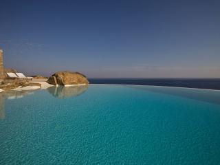 Aegean Oasis, Kalafatis