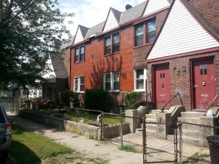 Private home short walk from train., Saint Albans