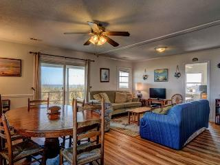 INCERTO'S REBEL INN, Topsail Beach