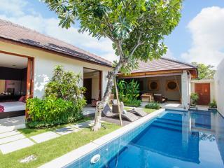 Samana Villas - Villa Samana Lima - 2 Bedrooms, Legian