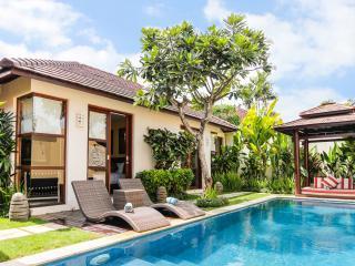 Villa Samana Empat - 2 Bedrooms, Legian