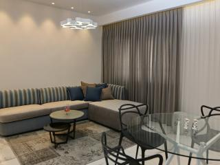 Exclusive 2 br, marble floors, in city center, Jerusalem