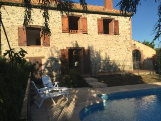 Authentic farmhouse, Mas de l'eveque, pool & wifi, Prades