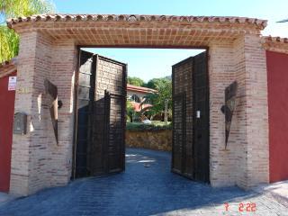 Villa 5 hab piscina y jardin privada, Alhaurín de la Torre
