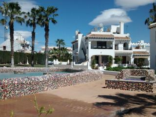 Holiday Villa in Verdemar - The Vaidya Home, Villamartín