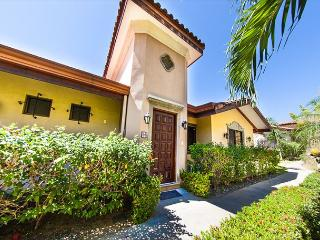 Gated Community Villas Catalina Townhome 15: Amazing Views of the Ocean!, Santa Cruz