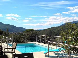 Stunning villa in Languedoc with private pool, Lamalou-les-Bains