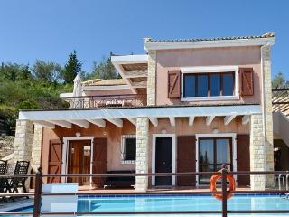 5-Bedroom Villa with Private Pool, Gaios
