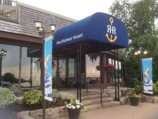 The Royal Harbour Resort, Thornbury, ON, Collingwood