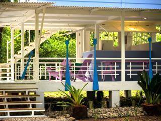 Casa Rio, Manzanillo
