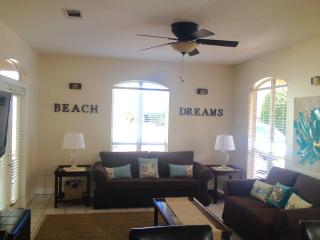 125 Yards to PrivateBeach!  Newly remodeled home!, Miramar Beach