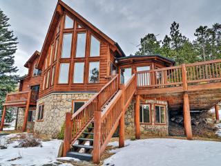 New Listing! 'Pine Spirits Ranch' Spectacular 4BR Evergreen Log Cabin w/Wifi, Stone Fireplace, Large Deck & Amazing Views - Secluded Yet Close to Skiing, Hiking, Fine Dining & Shopping!