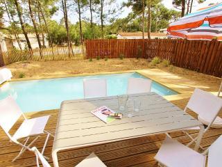 Villa Althaé avec piscine chauffée, plage et pins, Longeville-sur-mer
