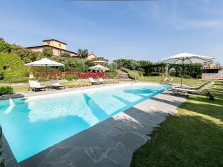 Villa Esclusiva con Piscina, Bettolle