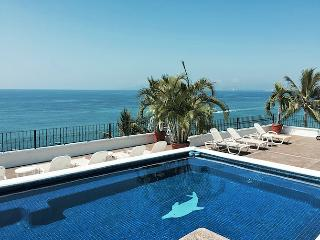 Ocean View Condo at La Palapa - Great Location, Puerto Vallarta