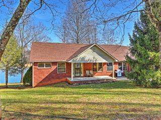 Marvelous 4BR LaFollette House w/Private Dock!
