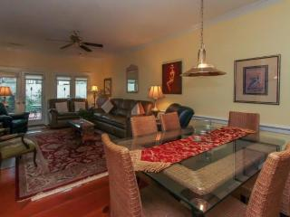 Deluxe 3BR / 4 Bath Villa - Ocean, Golf,, Hilton Head
