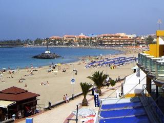 Amplio apartamento con vistas al mar y a la playa., Los Cristianos