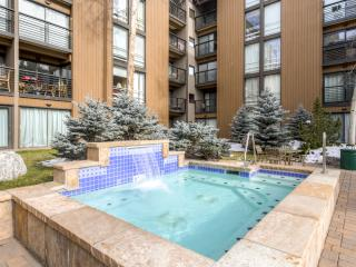 Spacious 3BR + Lofts Vail Condo w/Mtn Views!