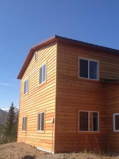 4 large bedrooms all have great views but also wooden blinds to block out the midnight sun.