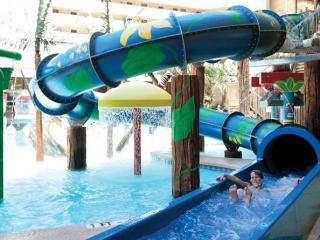 Ocean Reef Resort; KING bed; waterslide; Sleeps 6, Myrtle Beach