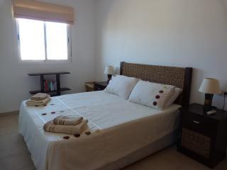 LB09 - 2 dormitorios, ático con vistas al mar, Almerimar