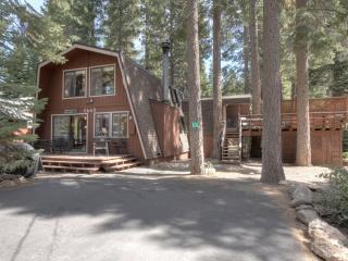 Kaley Vacation Rental Cabin - Pool Table, Hot Tub, Lake Tahoe (California)