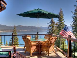 Gardner Lake View Rental Home - Hot Tub, Lake Tahoe (California)